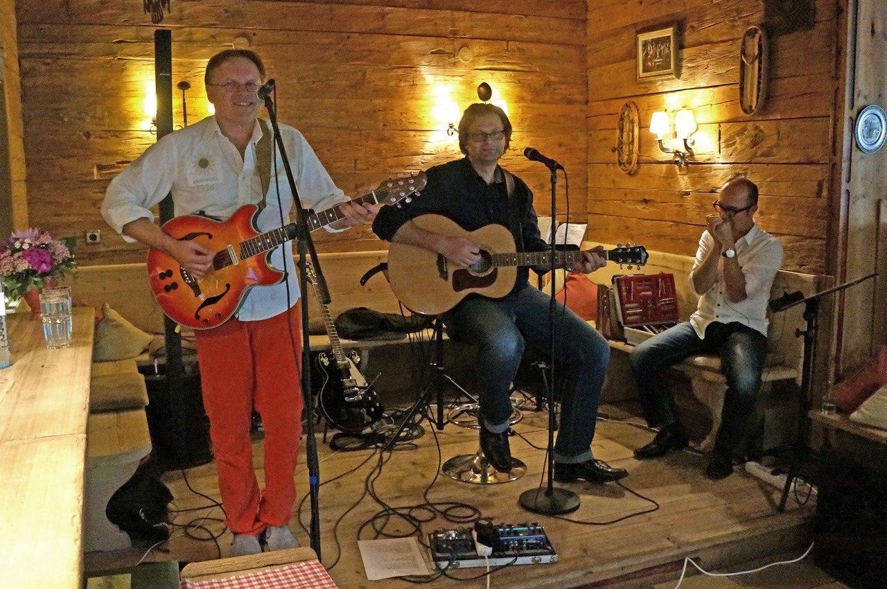 joe_carpenter_trio_acoustic_blues
